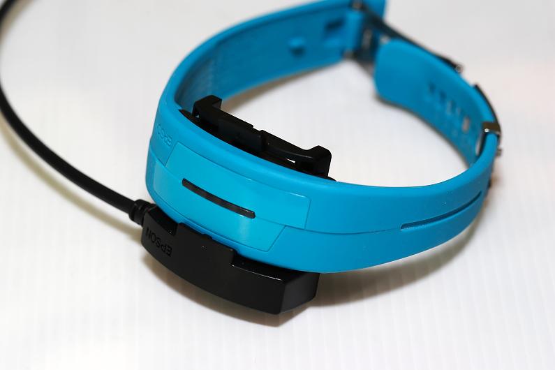 [試用]Epson Pulsense PS-100新色彩讓你運動有效率也更好看