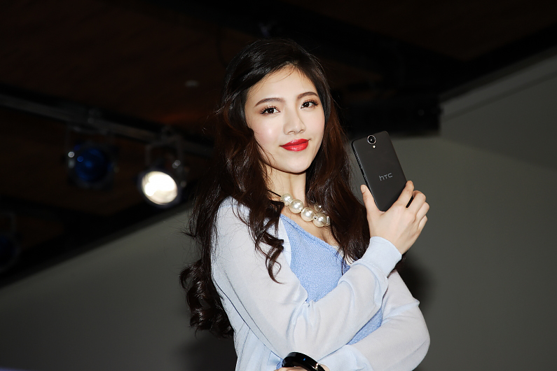 5.5吋HTC One E9+ dual sim擁有超高解析度面板與優異性價比