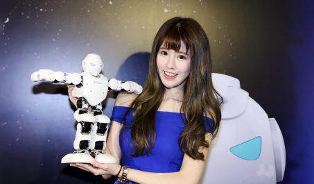 遠寬電信引進寓教於樂的UBTECH智慧型機器人及積木機器人